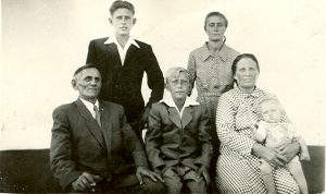 Theodor, Johann, Theodor, Erna, Rosina Martin