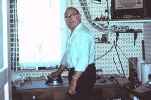 Eduard Hannemann, tailor